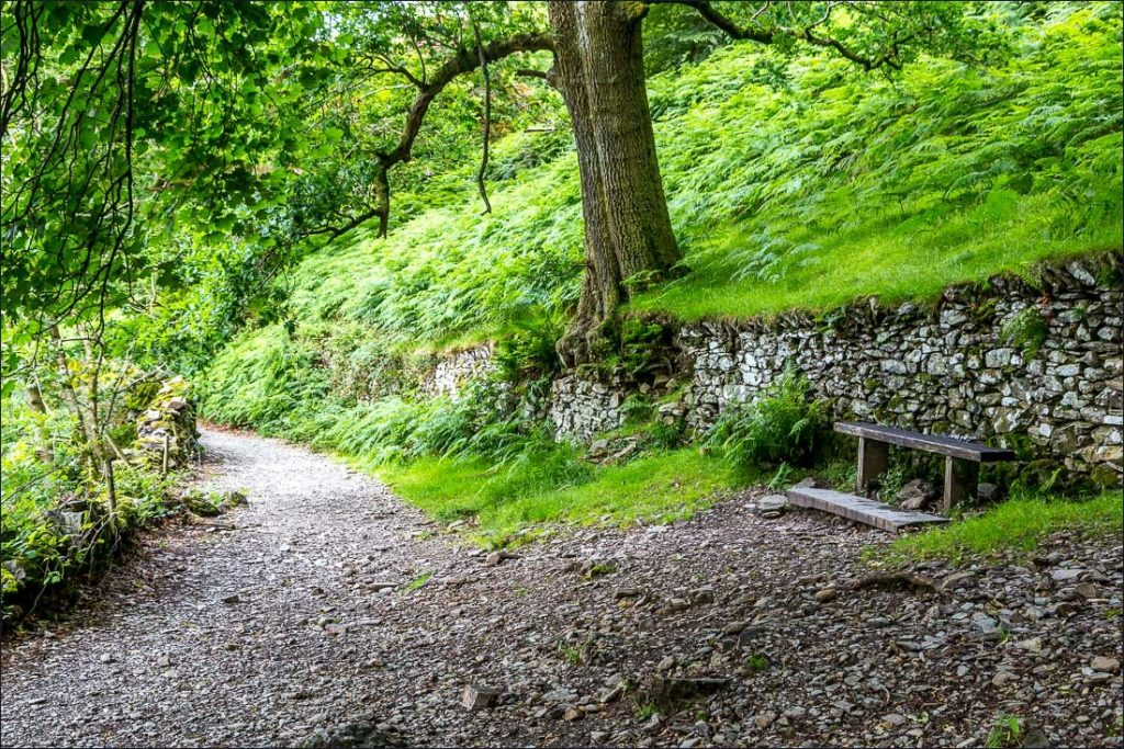The Old Coffin Road along the circuit of Rydal Water
